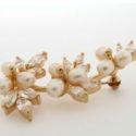 Broche con tres grupos de Perlitas Blancas Zirconitas y Goldfield
