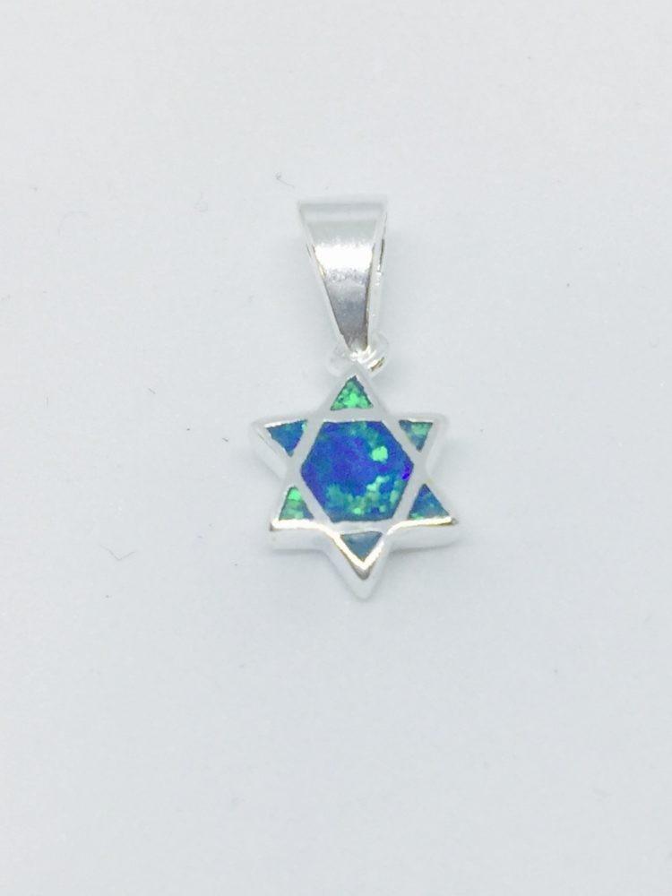 Colgante de plata con diseño Estrella de David y Opal en el centro